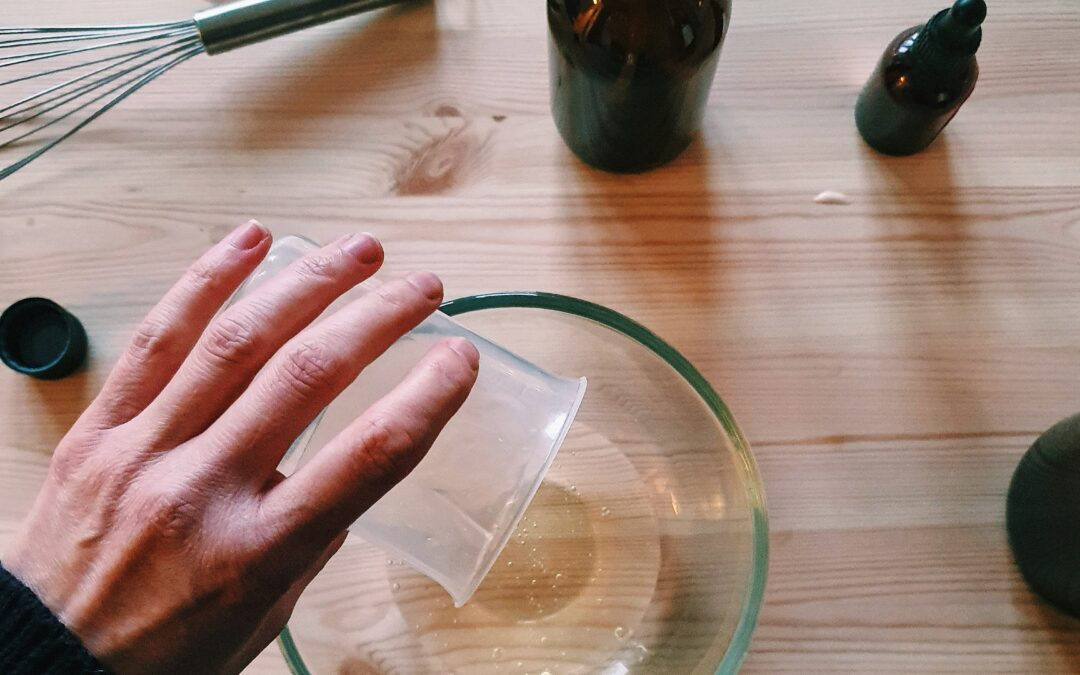 Making a natural liquid hand soap with essential oils – A Simple step by step guide
